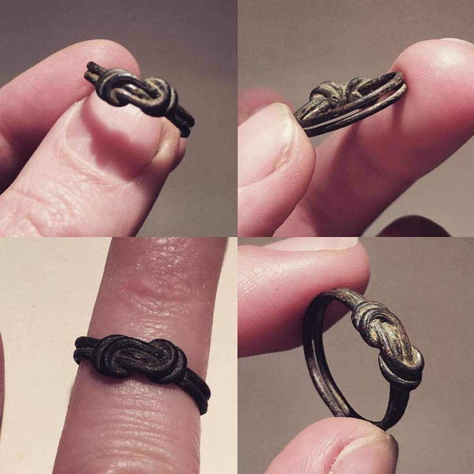 knot ring.jpg